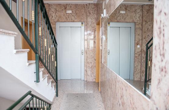 Piso en venta en Torrevieja, Alicante, Calle Clemente Gosalvez, 55.000 €, 2 habitaciones, 1 baño, 64 m2
