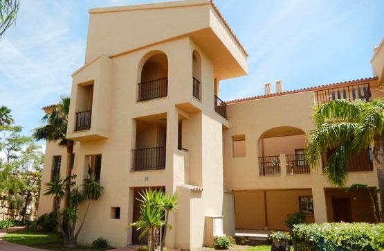 Piso en venta en Benahavís, Málaga, Urbanización Hacienda del Señorio de Cifuentes, 252.000 €, 2 habitaciones, 2 baños, 103 m2