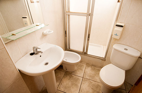 Piso en venta en Piso en Pedreguer, Alicante, 40.300 €, 3 habitaciones, 1 baño, 65 m2