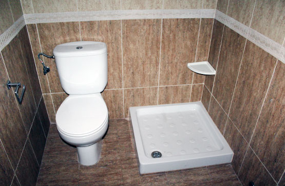 Piso en venta en Piso en Caudete, Albacete, 60.110 €, 3 habitaciones, 2 baños, 105 m2