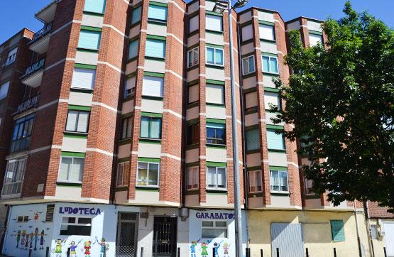 Piso en venta en Flores del Sil, Ponferrada, León, Calle Miguel de Fustegueras, 30.000 €, 3 habitaciones, 1 baño, 90 m2
