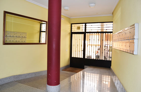 Piso en venta en Santa María del Páramo, León, Calle Severo Ochoa, 44.300 €, 2 habitaciones, 1 baño, 64 m2