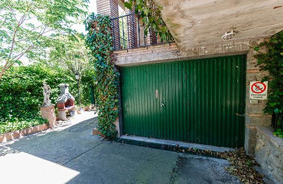 Casa en venta en Los Fayos, Zaragoza, Calle Contamina, 266.700 €, 5 habitaciones, 3 baños, 368 m2