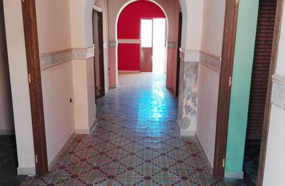 Casa en venta en Lobón, Badajoz, Calle Madrid, 110.152 €, 4 habitaciones, 2 baños, 300 m2