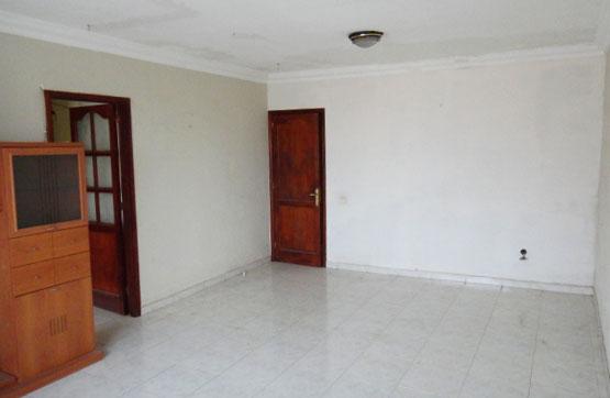 Piso en venta en Puerto del Rosario, Las Palmas, Calle El Cosco, 95.000 €, 3 habitaciones, 2 baños, 90 m2