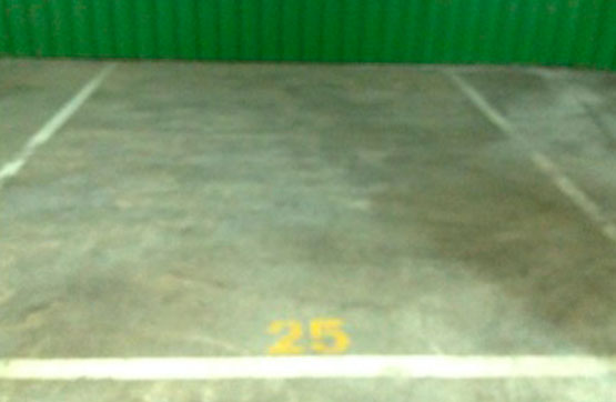 Parking en venta en Aranda de Duero, Burgos, Calle Madres Bernardas, 7.600 €, 39 m2