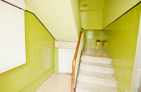 Piso en venta en Ensanche B, Ferrol, A Coruña, Avenida Bazan, 25.880 €, 3 habitaciones, 1 baño, 88 m2