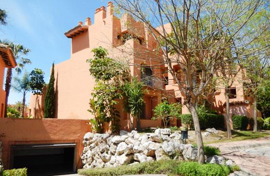 Piso en venta en Estepona, Málaga, Urbanización Sotoserena, 248.300 €, 2 habitaciones, 2 baños, 100 m2