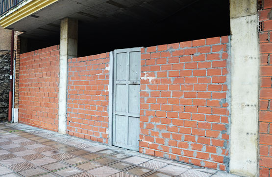 Local en venta en La Robla, León, Calle Ramon Y Cajal, 30.600 €, 89 m2