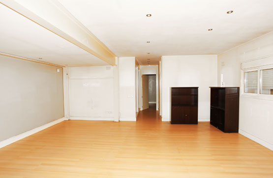 Oficina en venta en Oficina en Sant Joan Despí, Barcelona, 145.000 €, 94 m2