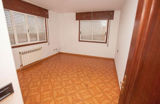 Casa en venta en A Baña, A Coruña, Calle Ciudad Faxin, 72.800 €, 3 habitaciones, 1 baño, 246 m2