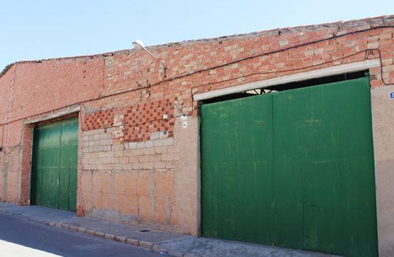 Industrial en venta en Argamasilla de Alba, Ciudad Real, Calle Campo de Criptana, 119.200 €, 1005 m2