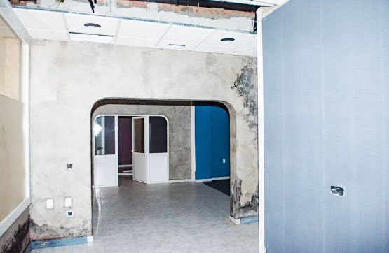 Local en venta en Local en Ourense, Ourense, 93.820 €, 158 m2