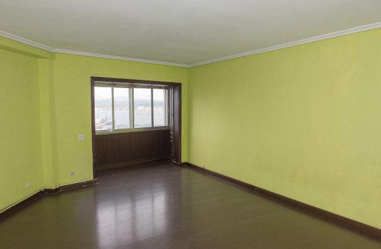 Piso en venta en Vilagarcía de Arousa, Pontevedra, Calle Vilaboa, 104.500 €, 4 habitaciones, 2 baños, 130 m2
