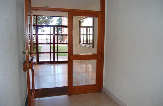 Piso en venta en Magaz de Pisuerga, Palencia, Urbanización Castillo de Magaz, 55.000 €, 3 habitaciones, 2 baños, 115 m2