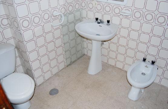 Piso en venta en Piso en Magaz de Pisuerga, Palencia, 49.500 €, 3 habitaciones, 2 baños, 115 m2