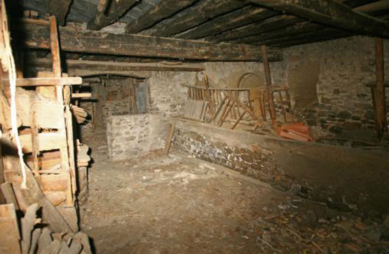 Casa en venta en Canal de Berdún, Huesca, Plaza Martincho, 84.600 €, 4 habitaciones, 1 baño, 639 m2