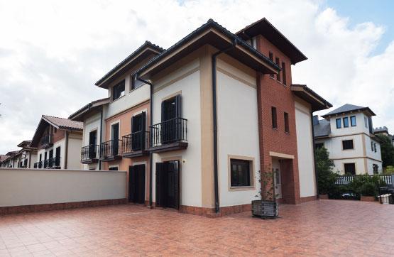 Casa en venta en Irun, Guipúzcoa, Calle Irurzunzar, 493.764 €, 3 habitaciones, 2 baños, 386 m2