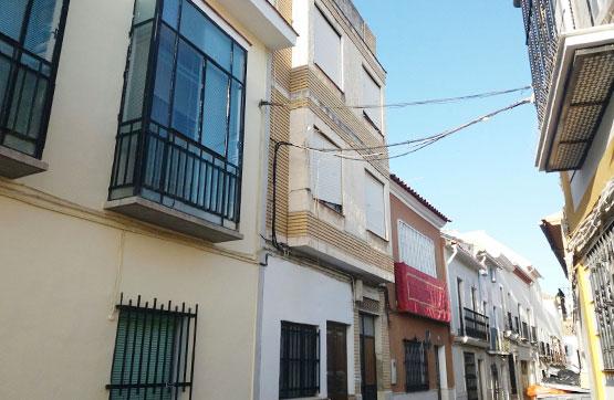 Piso en venta en Puente Genil, Córdoba, Calle Cuesta Vitas, 16.600 €, 3 habitaciones, 1 baño, 105 m2