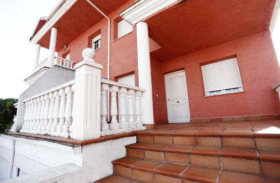 Casa en venta en Albahonda Iii, Carbajosa de la Sagrada, Salamanca, Calle Alba de Tormes, 235.800 €, 4 habitaciones, 3 baños, 281 m2