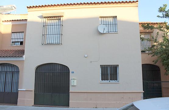 Casa en venta en Utrera, Sevilla, Calle Mar de la Antillas, 130.000 €, 3 habitaciones, 3 baños, 129 m2
