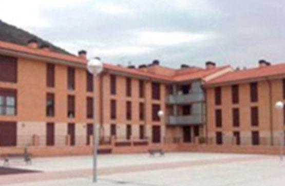 Piso en venta en Irurtzun, Navarra, Calle Iturtxoko, 125.685 €, 3 habitaciones, 2 baños, 117 m2