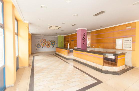Local en venta en Vigo, Pontevedra, Calle Puerto Rico, 206.000 €, 180 m2