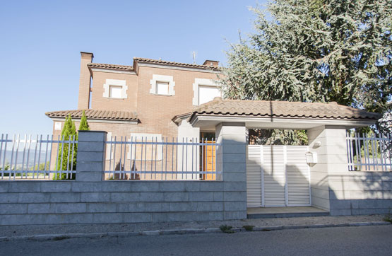 Casa en venta en Girona, Girona, Calle Onze de Setembre, 702.000 €, 3 habitaciones, 4 baños, 471 m2