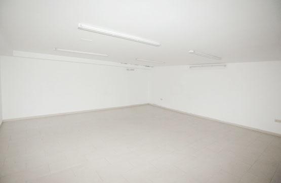 Local en venta en Local en Pontevedra, Pontevedra, 59.000 €, 159 m2