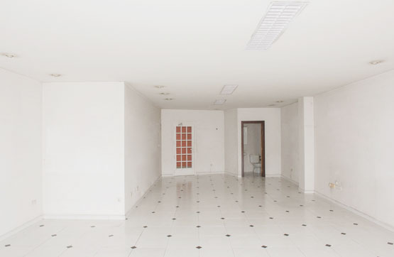 Local en venta en Local en Ourense, Ourense, 49.000 €, 66 m2
