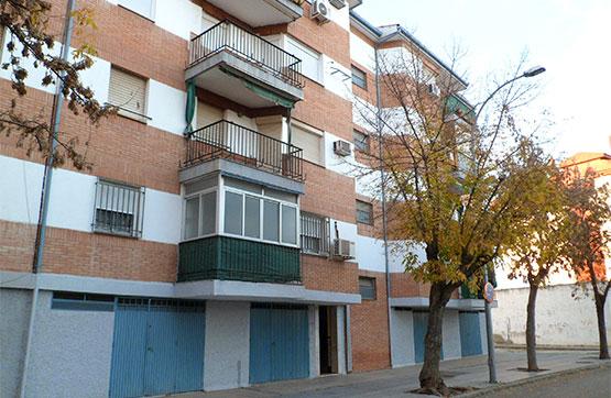 Piso en venta en Andújar, Jaén, Avenida Santo Reino, 63.000 €, 3 habitaciones, 1 baño, 118 m2