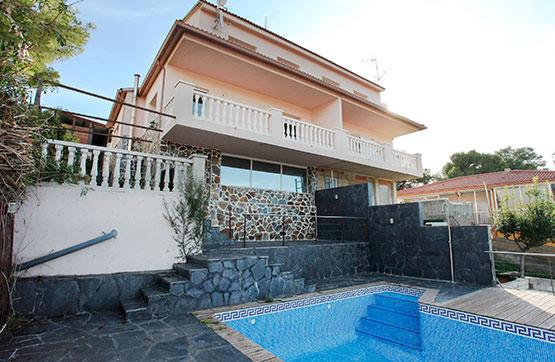 Casa en venta en Cubelles, Barcelona, Calle Cerezo, 202.350 €, 1 baño, 146 m2