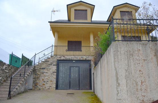 Casa en venta en Castropodame, León, Calle El Porrin Turienzo Castañero, 126.160 €, 5 habitaciones, 3 baños, 253 m2