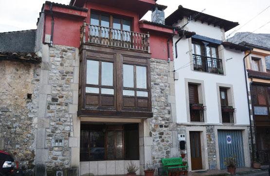 Casa en venta en Cabrales, Asturias, Plaza la Vera Justa, 85.500 €, 3 habitaciones, 3 baños, 106 m2