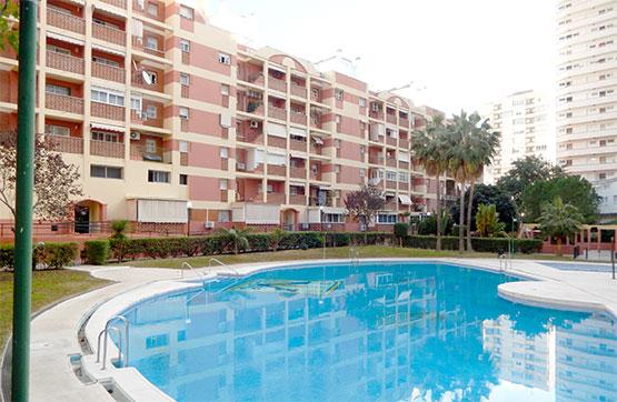 Piso en venta en Torremolinos, Málaga, Calle Rio Aranda, 172.000 €, 2 habitaciones, 2 baños, 70 m2