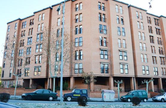 Piso en venta en Compostilla, Ponferrada, León, Avenida Huertas del Sacramento, 51.210 €, 3 habitaciones, 1 baño, 90 m2