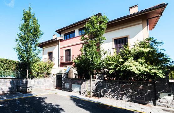 Casa en venta en Irun, Guipúzcoa, Calle Irurzunzar, 444.866 €, 3 habitaciones, 2 baños, 395 m2