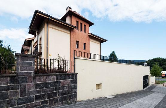 Casa en venta en Irun, Guipúzcoa, Calle Irurzunzar, 532.563 €, 3 habitaciones, 2 baños, 404 m2