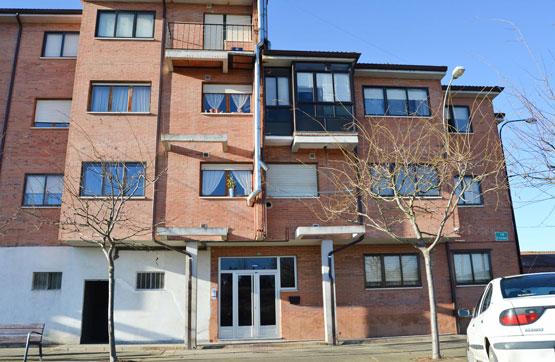 Piso en venta en Benavides, León, Calle Escribano, 36.000 €, 3 habitaciones, 2 baños, 97 m2