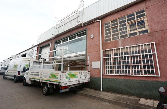 Industrial en venta en Villares de la Reina, Salamanca, Calle Robledo, 100.534 €, 415 m2