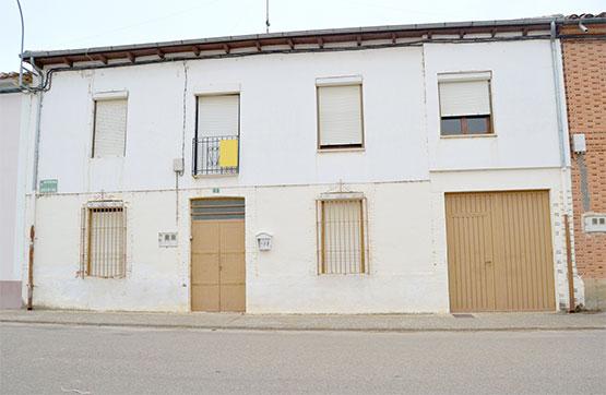 Casa en venta en Villamontán de la Valduerna, León, Avenida Argentina, 32.550 €, 5 habitaciones, 2 baños, 203 m2