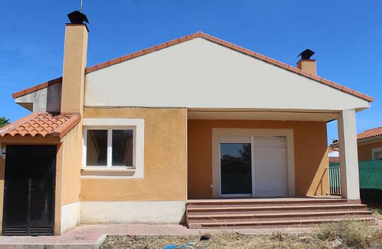 Casa en venta en Pioz, Guadalajara, Calle los Castaños, 84.645 €, 3 habitaciones, 2 baños, 102 m2