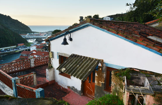 Casa en venta en Cudillero, Asturias, Calle Cimadevilla, 33.400 €, 2 habitaciones, 1 baño, 50 m2