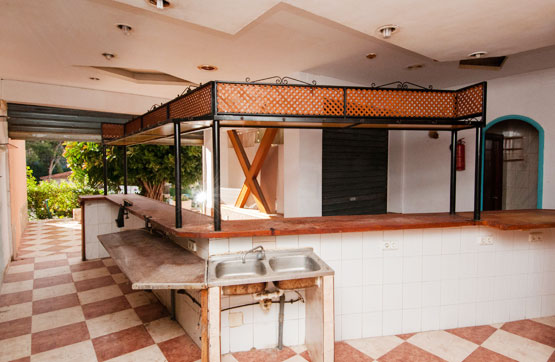 Local en venta en Local en Benidorm, Alicante, 67.700 €, 121 m2