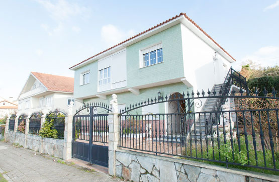 Piso en venta en Noia, A Coruña, Calle Vista Alegre, 189.000 €, 3 habitaciones, 1 baño, 199 m2