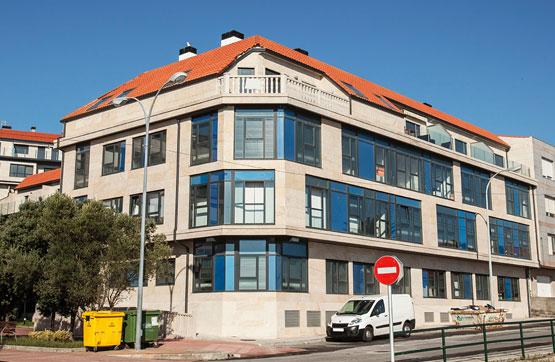 Piso en venta en Ribeira, A Coruña, Calle Manzanares - Perú, 83.525 €, 2 habitaciones, 2 baños, 73 m2