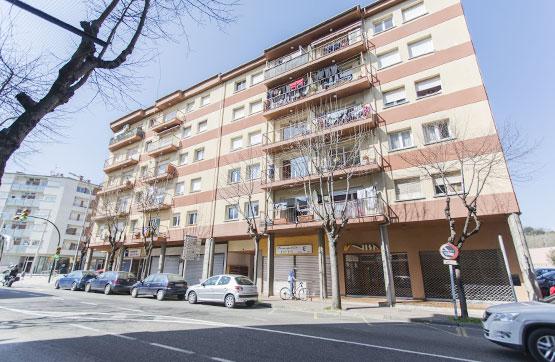 Piso en venta en Can Moca, Olot, Girona, Avenida Santa Coloma, 85.290 €, 3 habitaciones, 2 baños, 88 m2