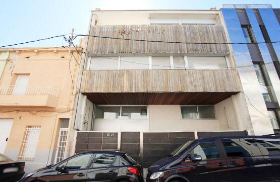 Casa en venta en Badalona, Barcelona, Calle Sagunt, 610.000 €, 7 habitaciones, 4 baños, 384 m2