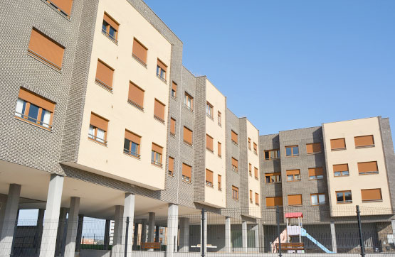 Local en venta en Gijón, Asturias, Avenida Concha Espina, 95.815 €, 146 m2