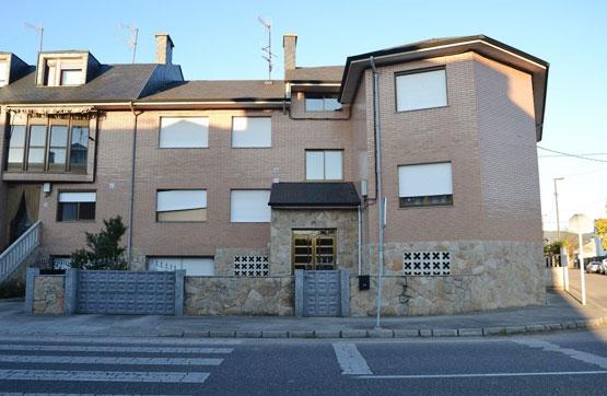 Piso en venta en Ponferrada, León, Avenida Ferrocarril, 54.000 €, 3 habitaciones, 1 baño, 80 m2